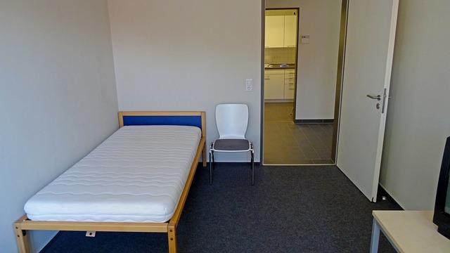 místnost, židle, postel